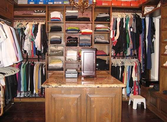 Master closet suite